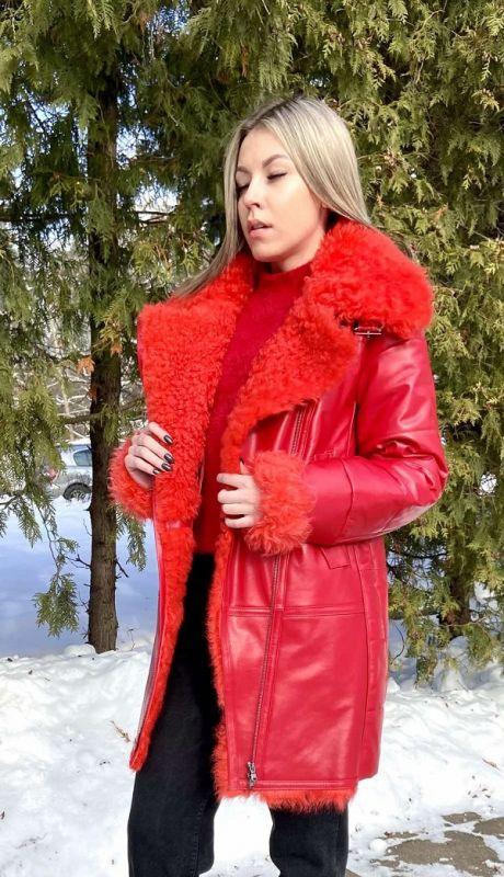 Куртка женская модель 571.1 красная